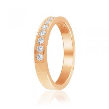 Золота обручка з діамантами